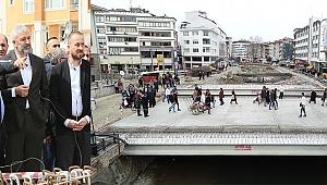 Köprübaşı meydan projesi tam gaz