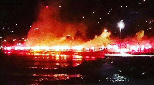 Ordu'da Galatasaray taraftarlarından meşale şov