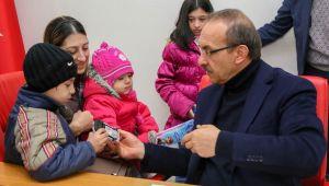 Vali Yavuz halk gününde vatandaşları dinledi