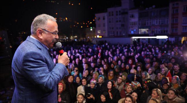 AK Partililer seçimi havai fişekle kutladı