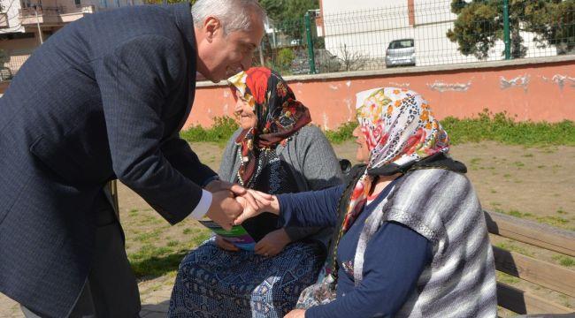 Birol Yılmaz Karşıyaka'da esnafları ziyaret etti