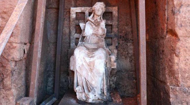Kibele heykelinin bulunduğu Kurul'da kazılar başladı