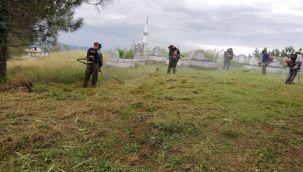 Mezarlıklarda Kurban Bayramı Hazırlığı Başladı