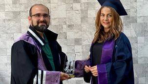 Özge Bacaksız'dan Çifte Başarı