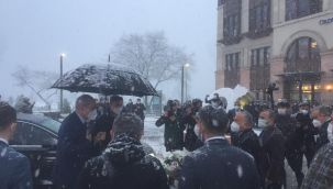 Başkanvekili Numan Kurtulmuş Büyükşehir'de