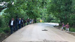 Aybastı'da Beton Yol Çalışması Sürüyor