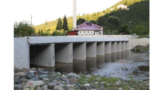 Basklı Köprü İle Sorun Çözüldü